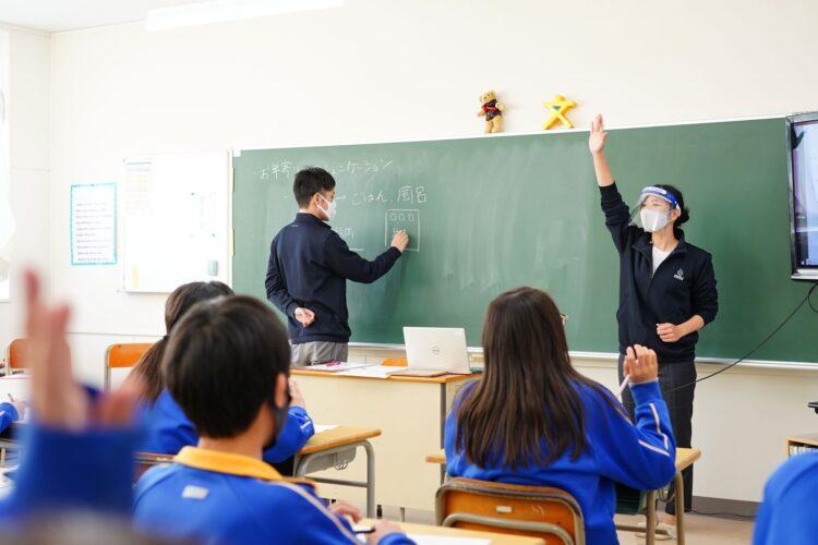 横浜市立旭中学校で職業講話(学校/オンライン)をコーディネートしました!