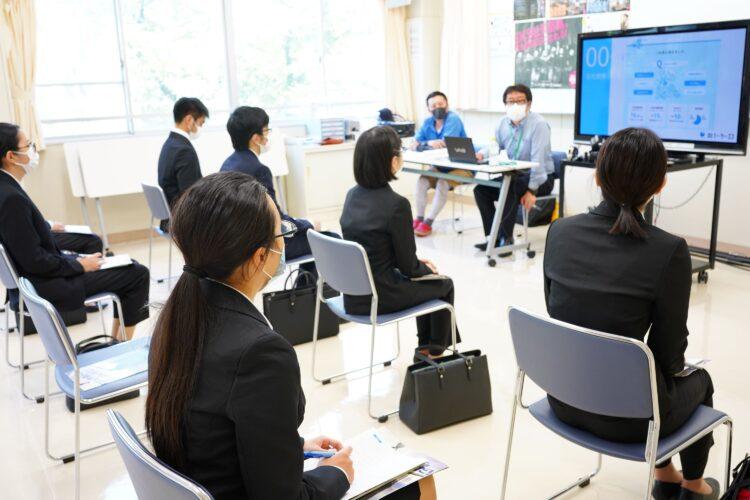 横浜市立横浜総合高校で、『みらいGREETING』開催!